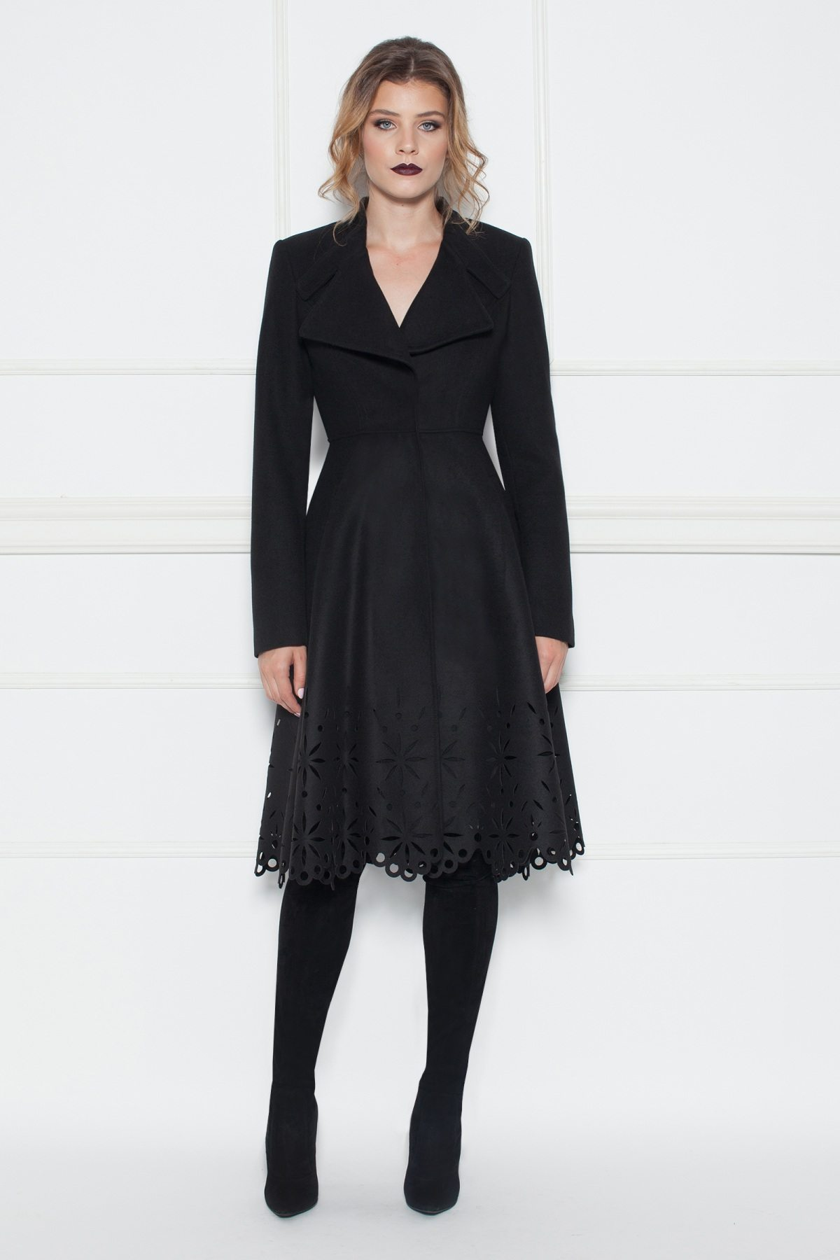Palton cu design special Negru