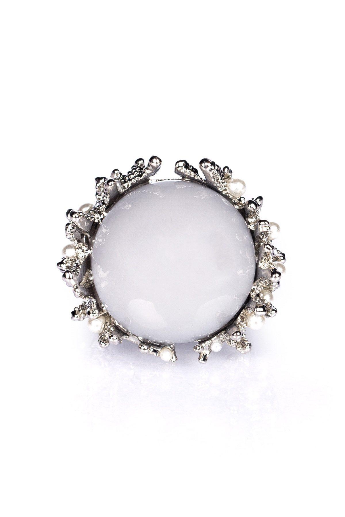 Inel argintiu cu piatra gri Argintiu