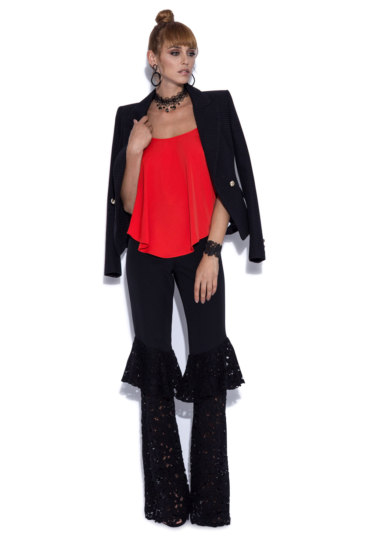 Pantaloni cu volane din dantela Negru