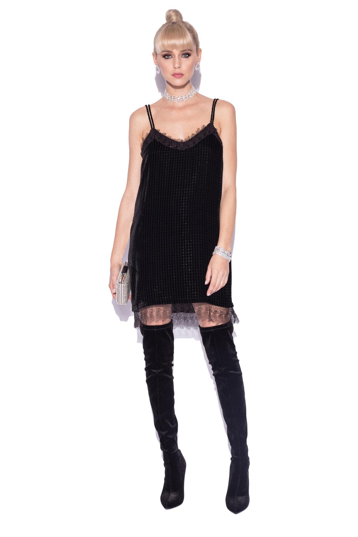 Rochie mini cu bretele subtiri si insertii din dantela Negru