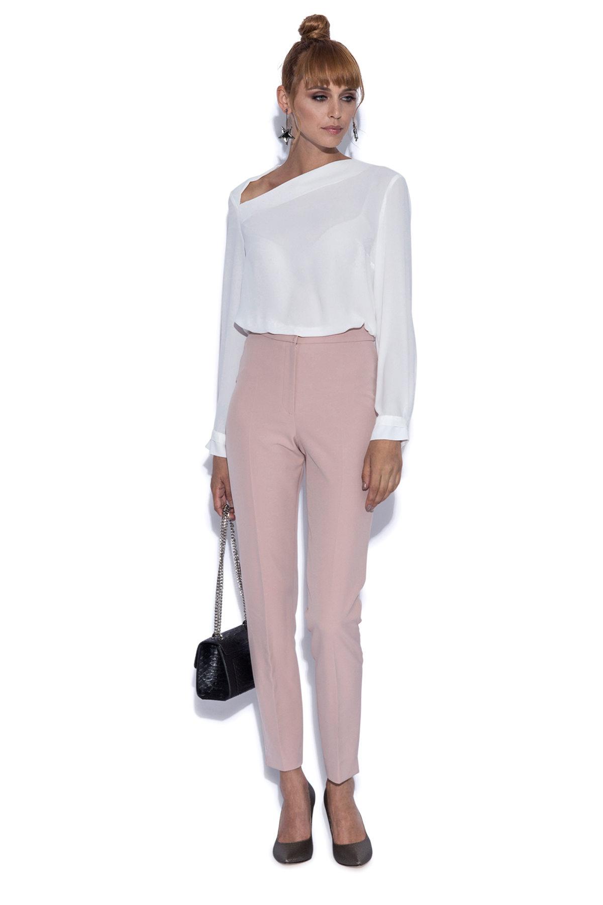 Pantaloni slim roz Roz