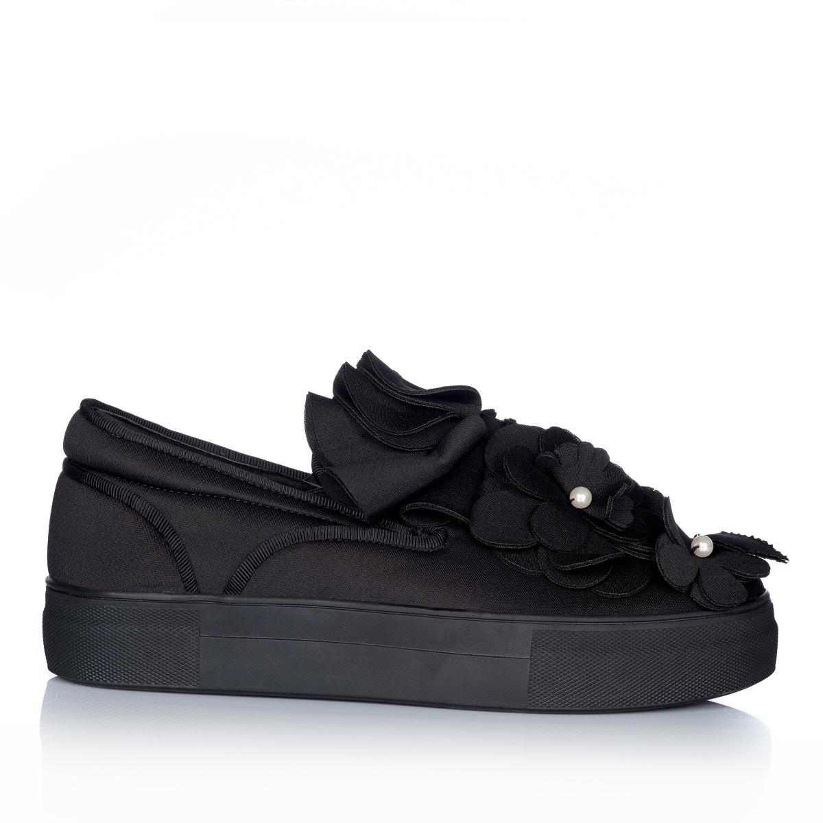 Pantofi sport cu aplicatii 3D Negru