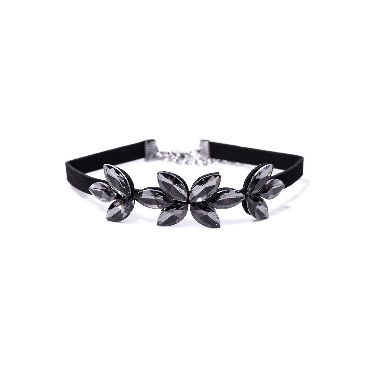 Chocker cu pandantiv in forma de floare Negru