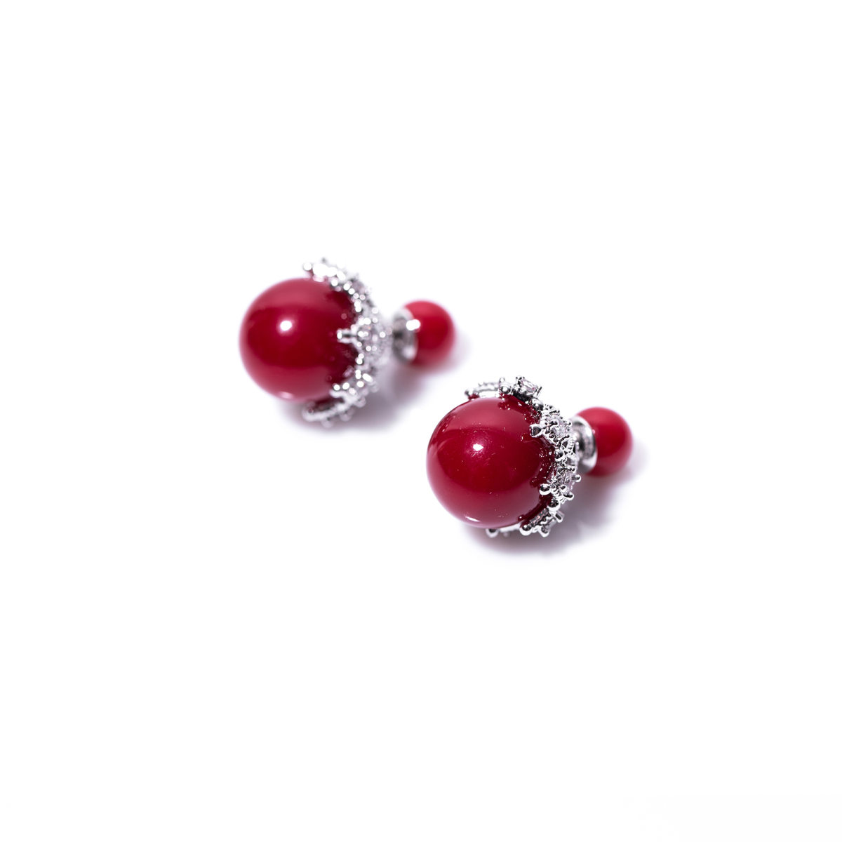 Cercei cu detalii tip perle Rosu
