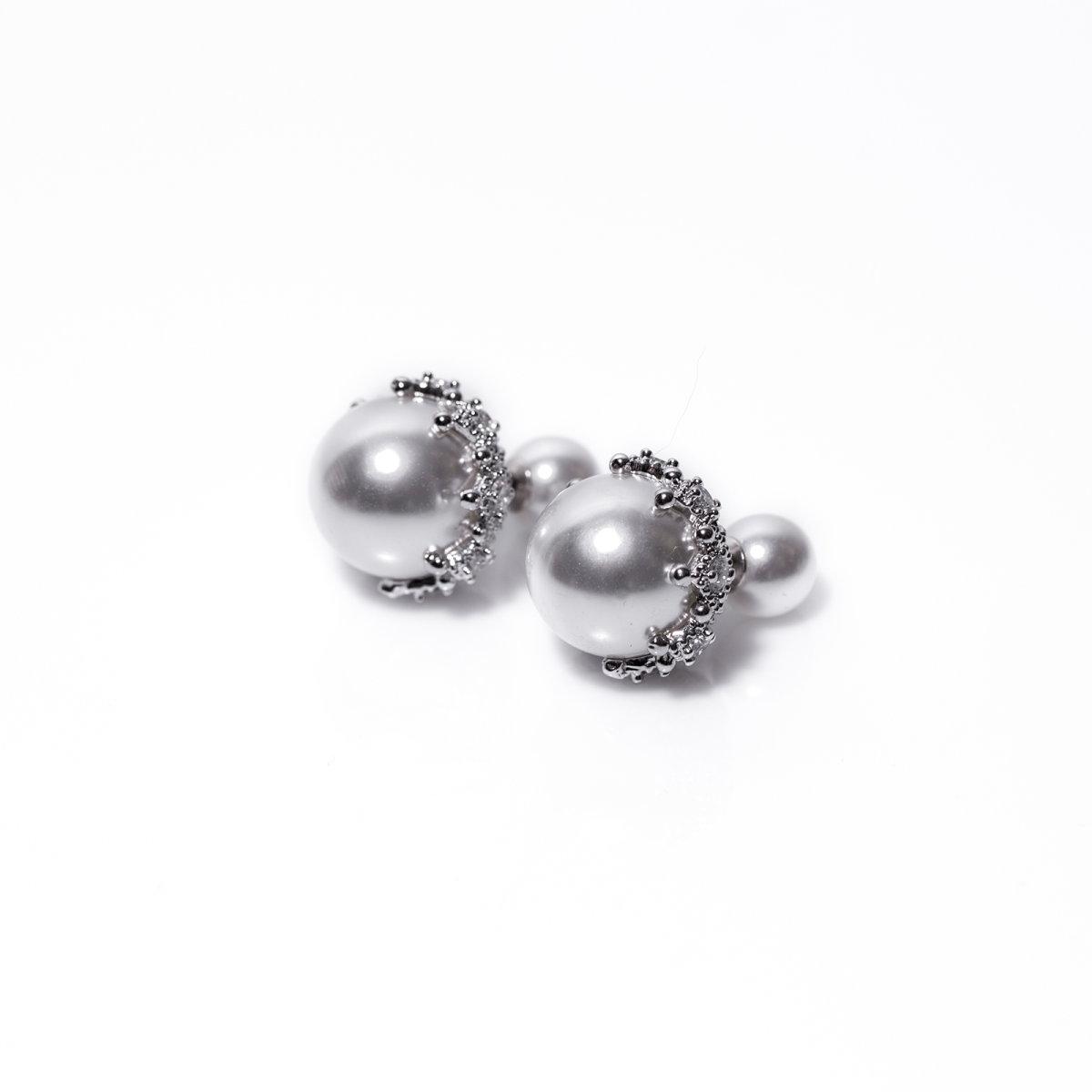 Cercei cu detalii tip perle Argintiu