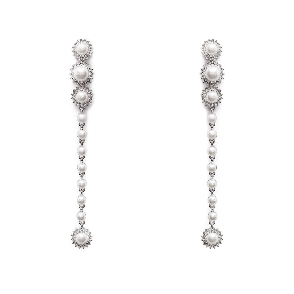 Cercei eleganti cu aplicatii tip perle Argintiu
