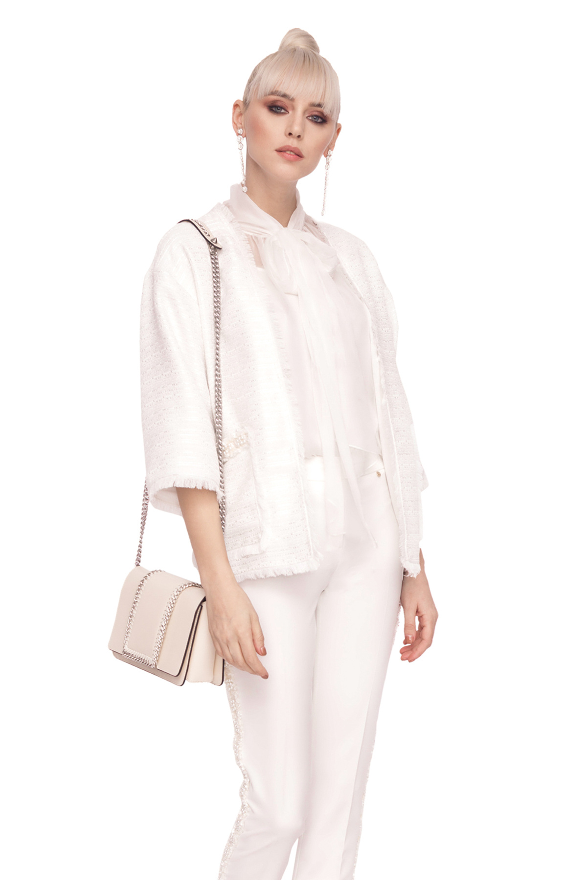 Jacheta eleganta din material texturat Alb