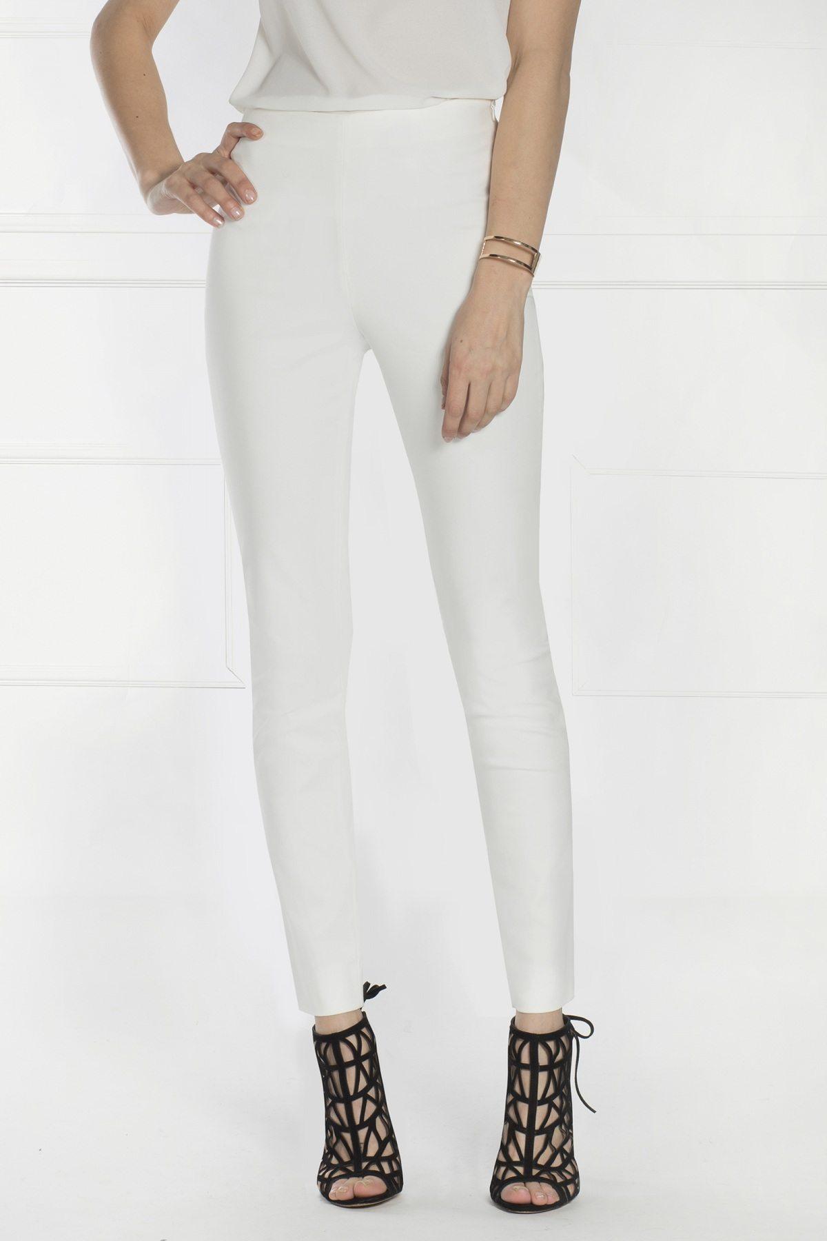 Pantaloni albi, conici, cu talie inalta. Crem