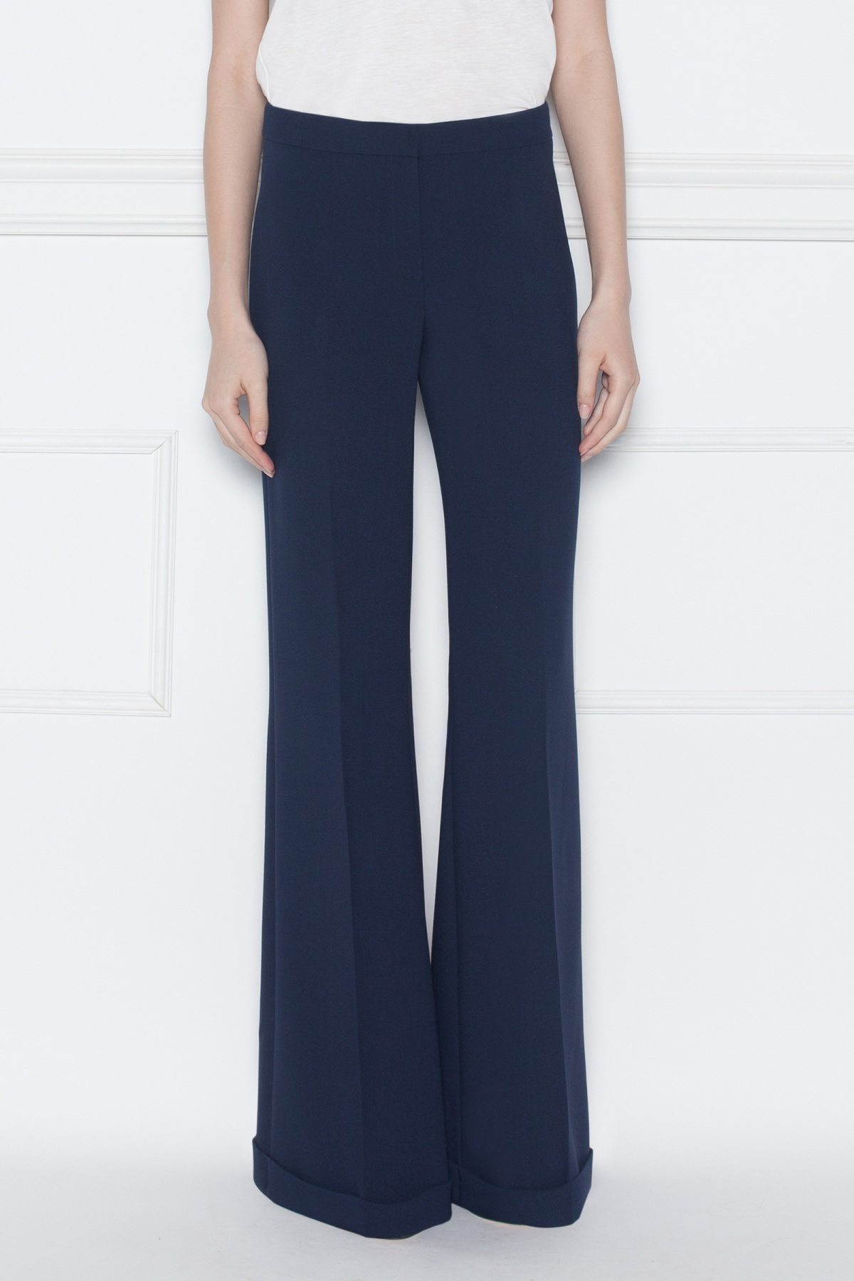 Pantaloni evazati cu manseta Bleumarin
